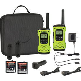 T605 Motorola Talkabout; T605 Waterproof Rechargeable Two-Way Radios - 2 Pack