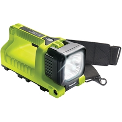 Pelican™ LED (9410L) Rechargeable Lantern